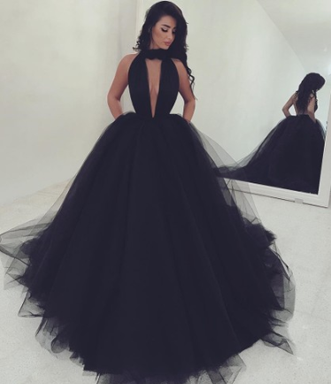 http://uk.millybridal.org/product/hot-ball-gown-high-neck-tulle-ruffles-sweep-train-black-backless-prom-dresses-ukm020103088-18482.html?utm_source=minipost&utm_medium=2601&utm_campaign=blog