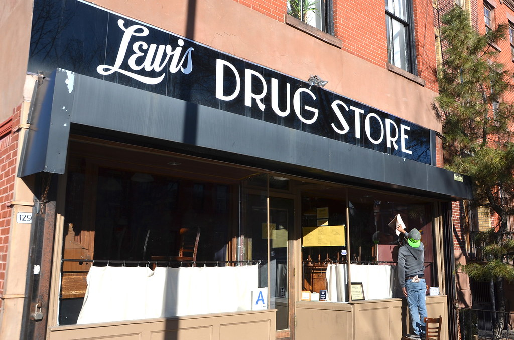 Lewis Drug Store Former Pharmacy Now The Home Of Locanda Flickr