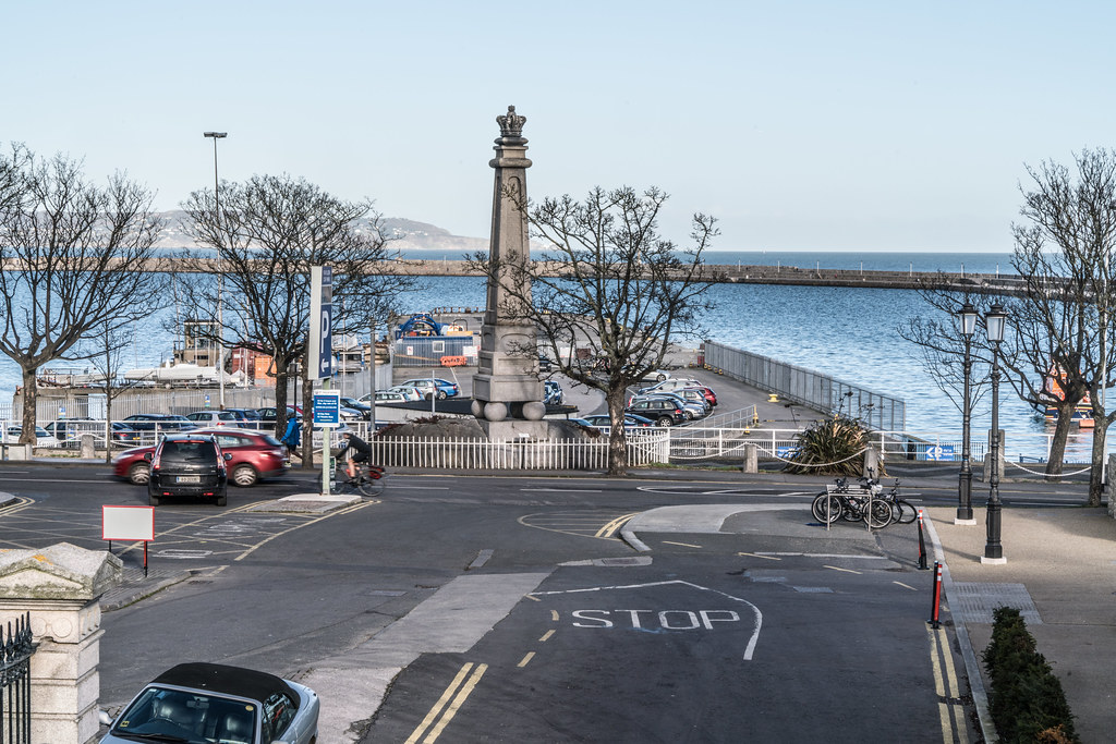 THE GEORGE IV MEMORIAL IN DUN LAOGHAIRE 001