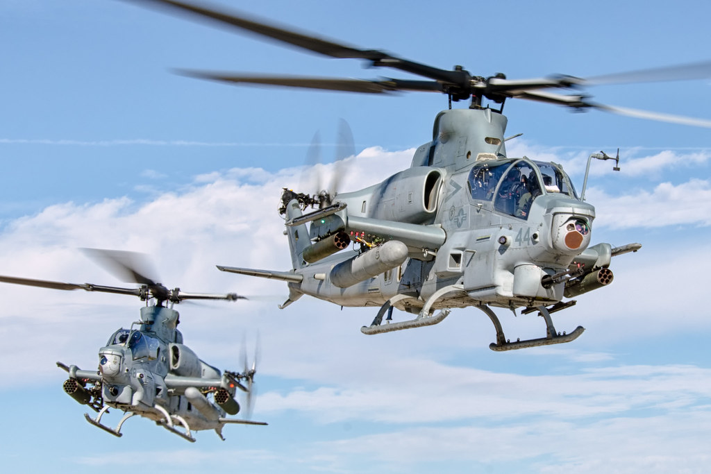 Bell ah 1z viper marine light attack helicopter squadron 2 flickr bell ah 1z viper by matt linus ottosen publicscrutiny Images