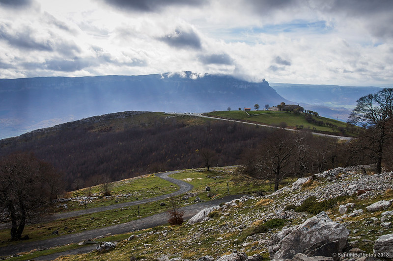 San Miguel de Aralar y la sierra de San Donato desde el Artxueta