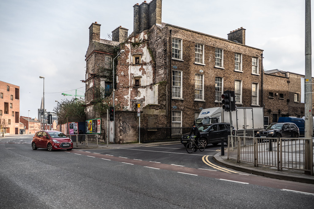 DERELICT BUILDINGS - BREWERS HOUSE  003