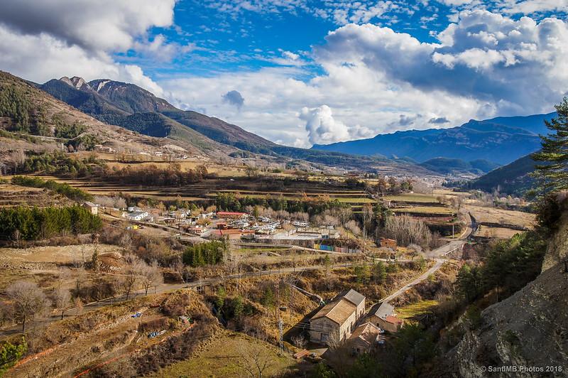 El valle del Bastareny desde el puente colgante de la Vía del Nicolau