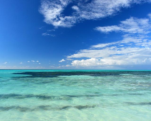 Colores del mar en la playa de Cayo Levisa, en Cuba