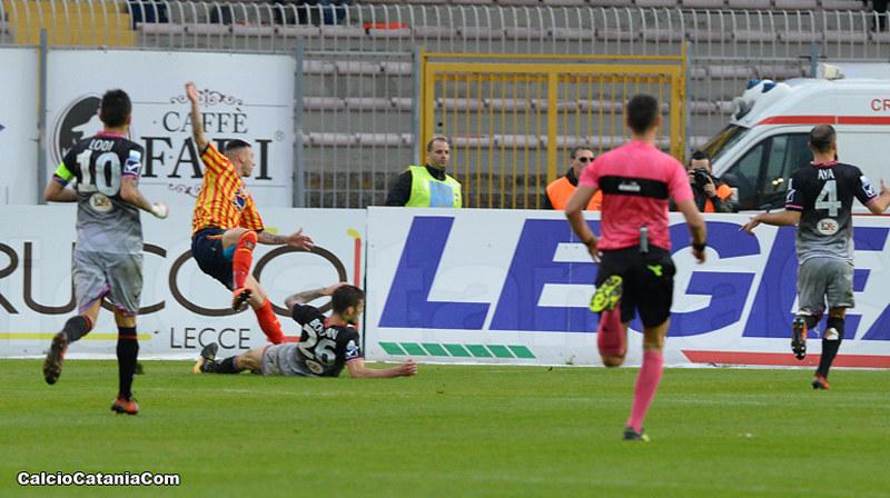 Di Piazza segna il gol dell'1-1 in Lecce-Catania dello scorso anno