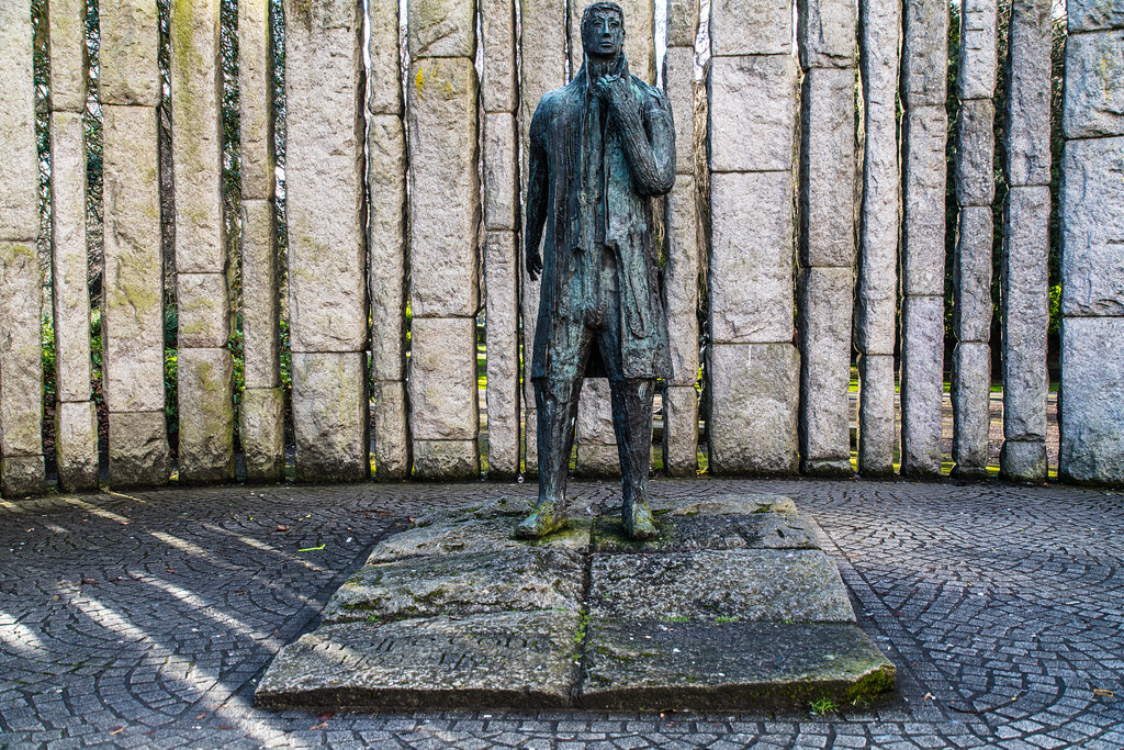 WOLFE TONE MONUMENT 003
