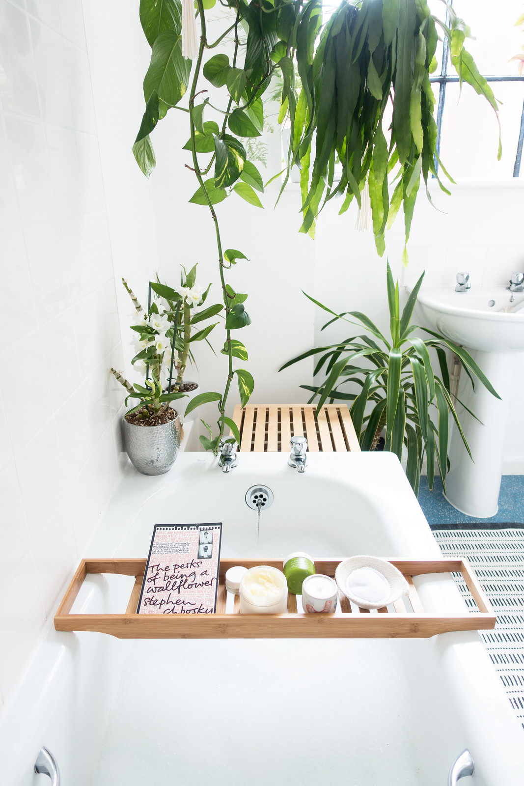 A Dreamy Bathtime Routine