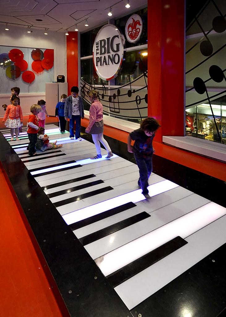 Piano de Big en la juguetería FAO de Nueva York