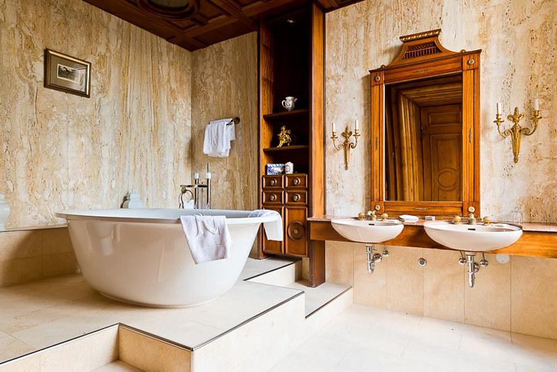 Badezimmer im Schloss   Wohnen wie König und Königin im Hote…   Flickr