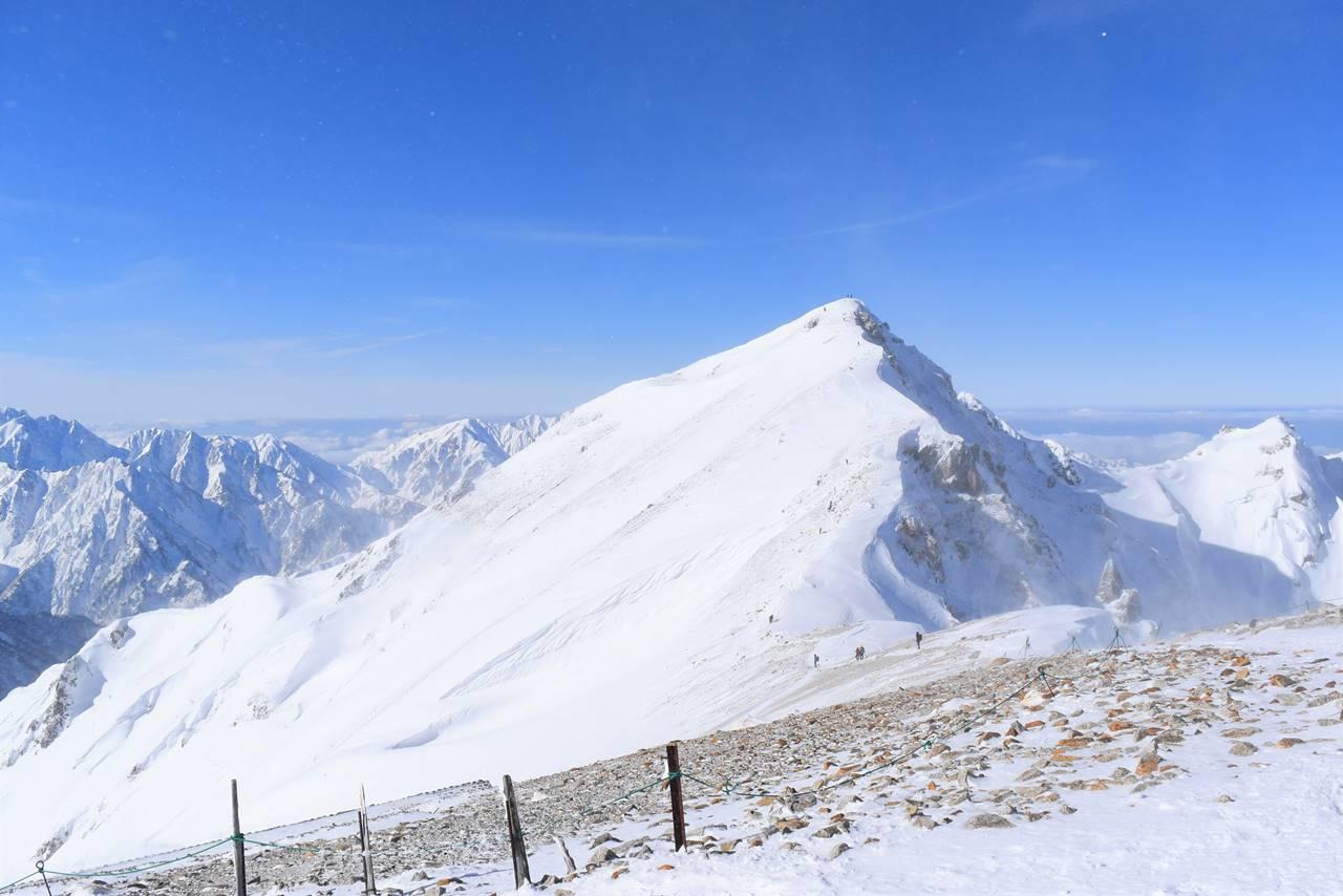 冬の北アルプス・唐松岳