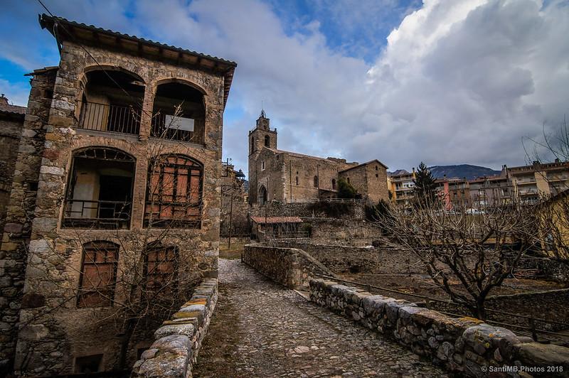 Bagà desde el puente medieval
