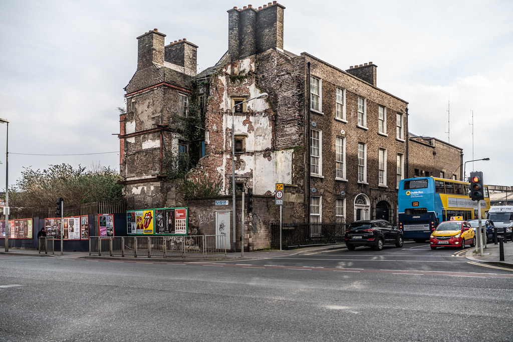 DERELICT BUILDINGS - BREWERS HOUSE  002