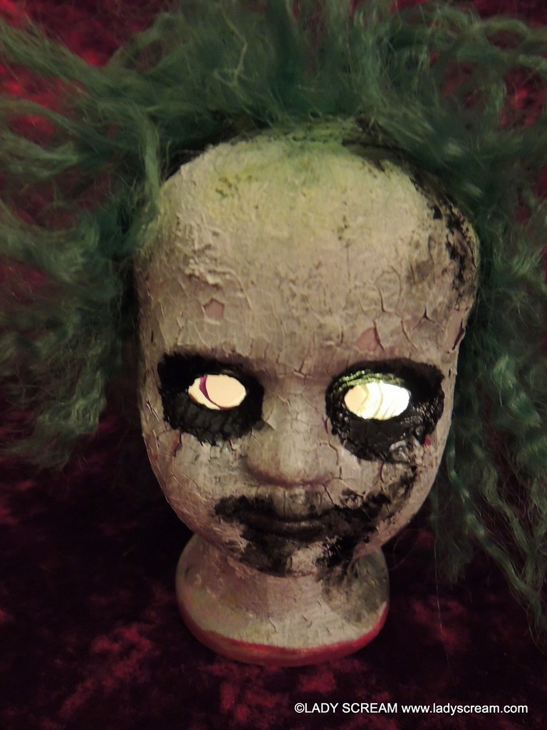 ... BEETLEJUICE HEAD LIGHT (4) | By Shelley Mostowfi, Lady Scream