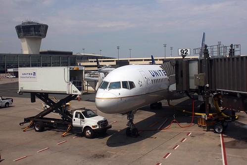 UA 912 görs klar för start.