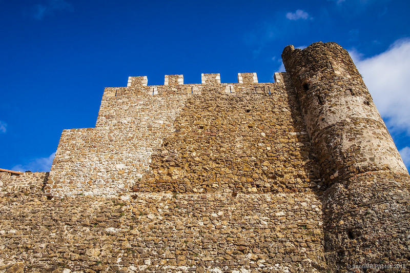 Muralla suoeste del Castell de Montsoriu