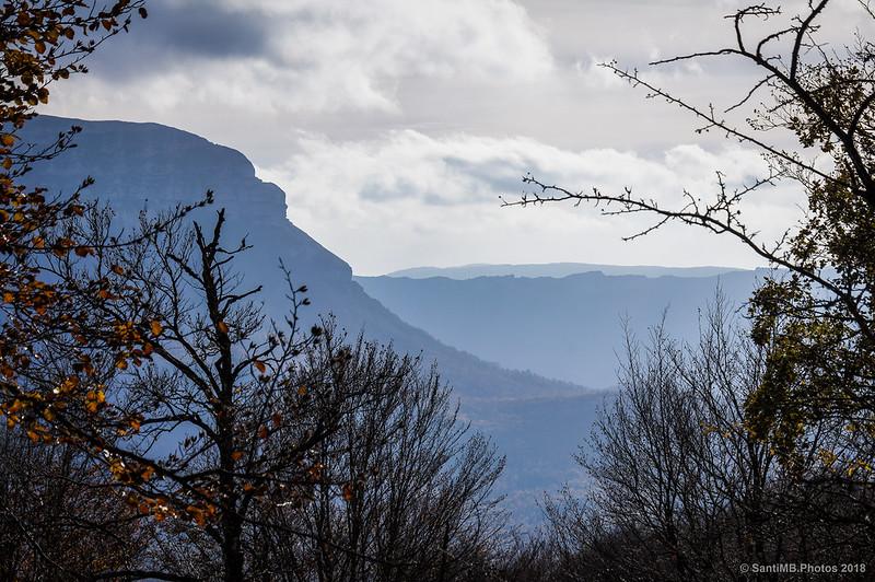 Sierras de San Donato y de Andía desde el hayedo de Olaberta