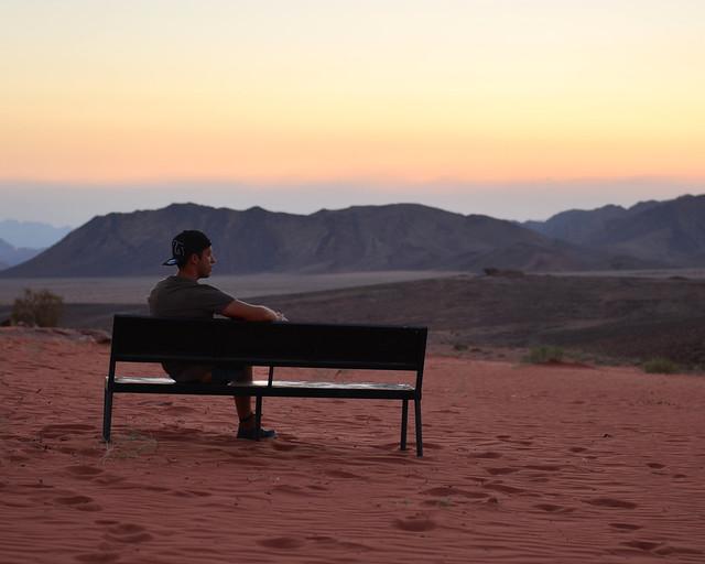 Miguel Egido, de Diario de un Mentiroso al atardecer en Wadi Rum