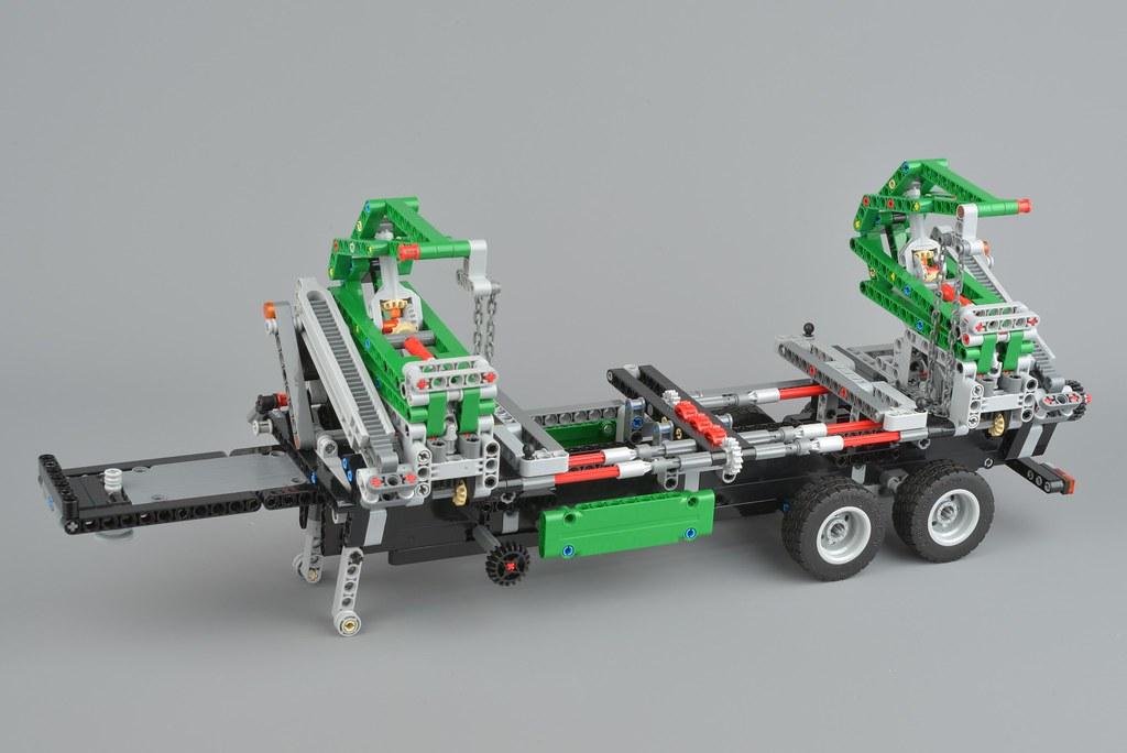 LEGO Technic 42078 Mack Anthem review | Brickset: LEGO set guide and