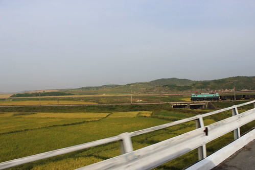 Train between Pyongyang and Kaesong | by Timon91