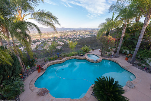 11611swanlake_mls-32 | by sandiegocastles