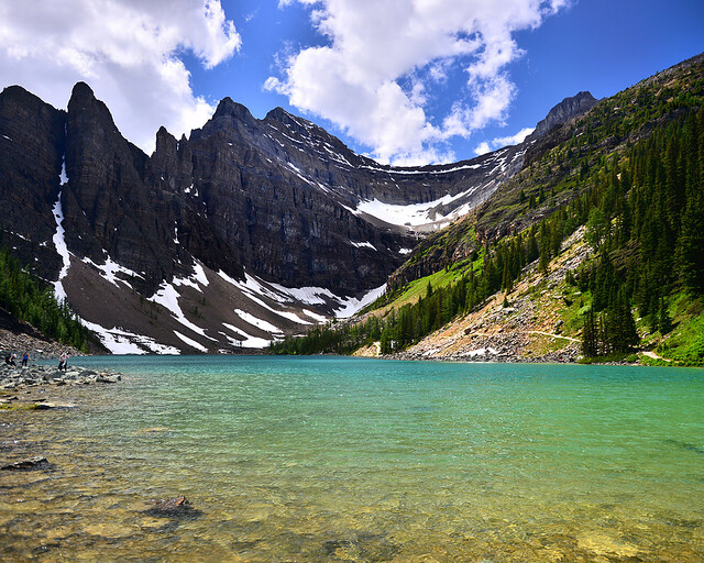 El precioso lago Agnes, uno de los más bonitos de Canadá