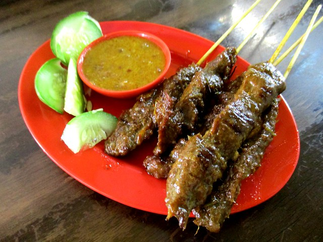 Colourful Cafe beef satay