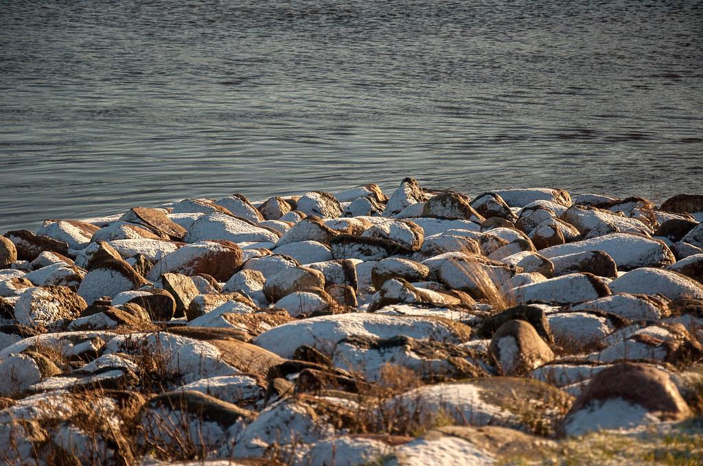 Par ne ko, aiz ne ko: Izmetu nelielu loku Pasta salā