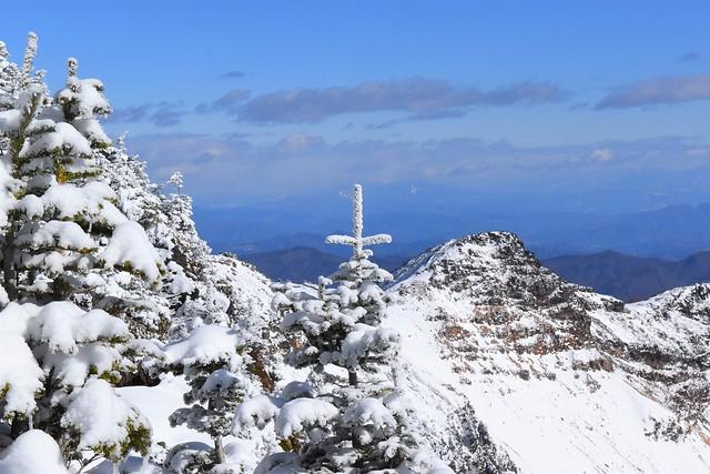 雪の十字架