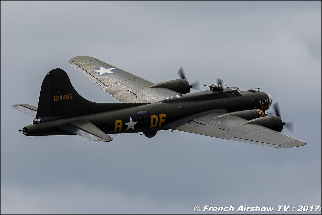 Boeing B-17G FLYING FORTRESS Duxford , Royal International Air Tattoo 2017 , Air Tattoo – RIAT 2017 , Fairford , UK Airshow Review 2017 , Meeting Aerien 2017