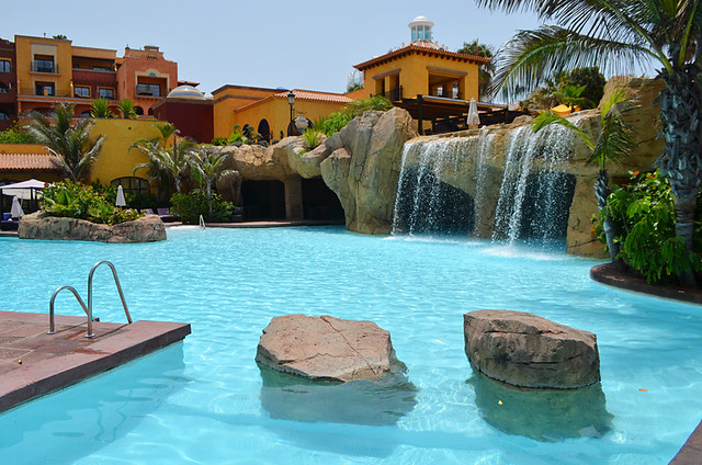 Swimming pool, Hotel Europe Villa Cortes, Playa de las Americas, Tenerife