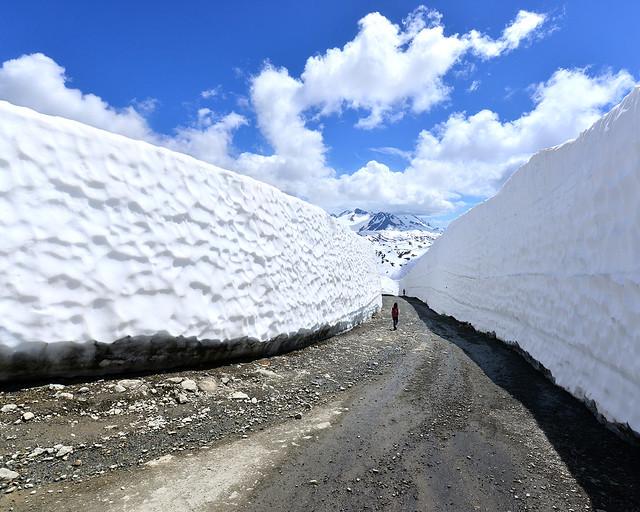 Los túneles de nieve de Whistler son uno de los sitios más guay que ver en Canadá