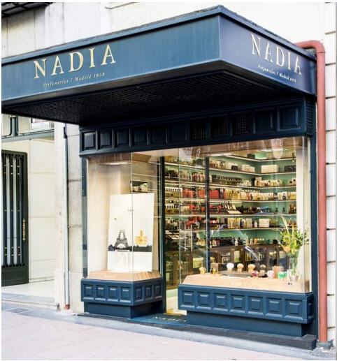 La nueva imagen de la perfumería Nadia Por Todo lo Alto