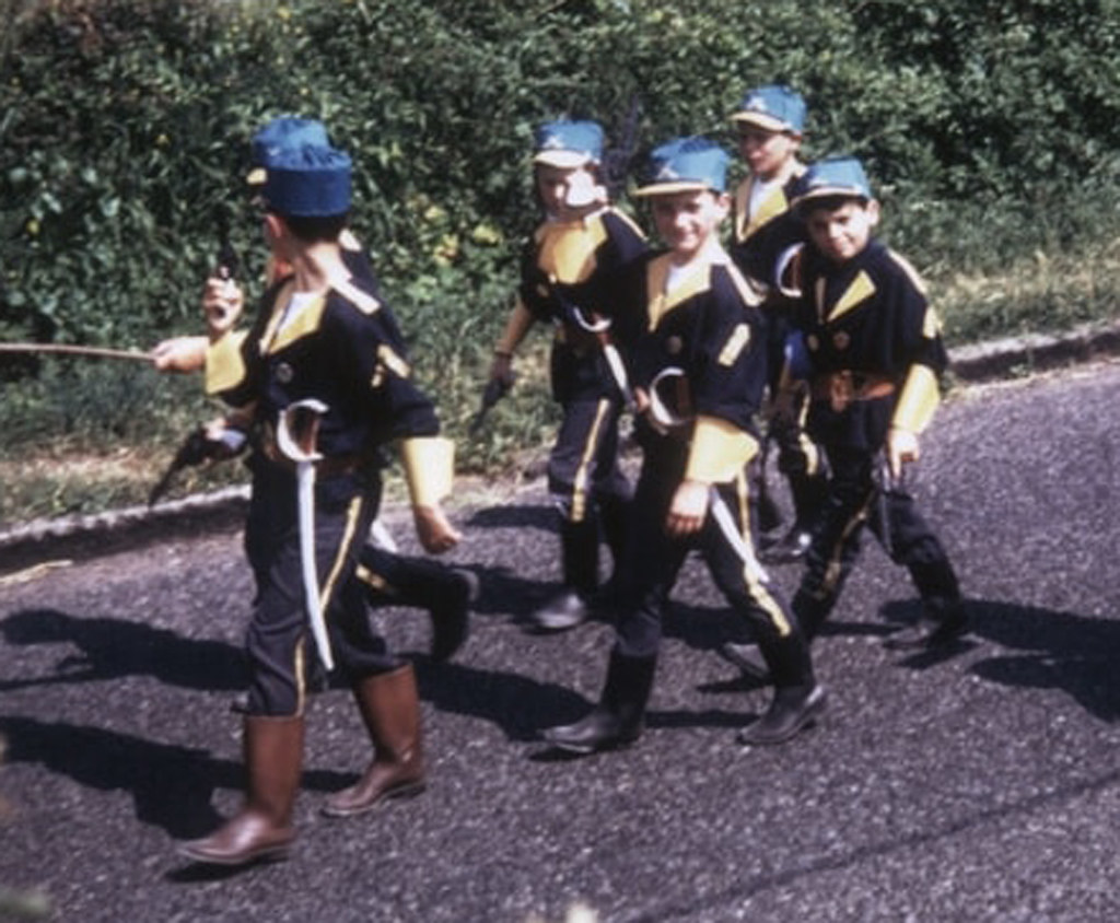 Off To Join The French Foreign Legion A Small Group Having Flickr