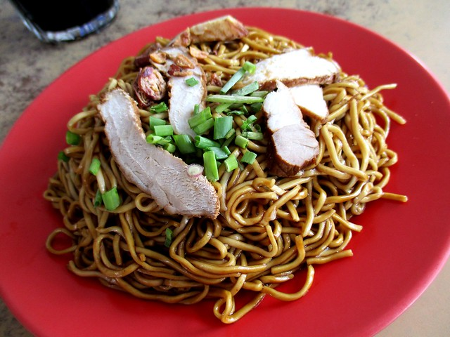 Choon Seng coffee shop kampua mee, black