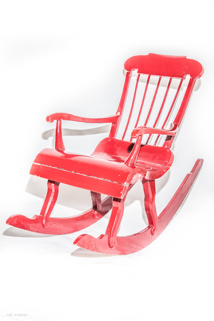 Marvelous Little Red Rocking Chair Plaghunter Protects This Beaut Ncnpc Chair Design For Home Ncnpcorg