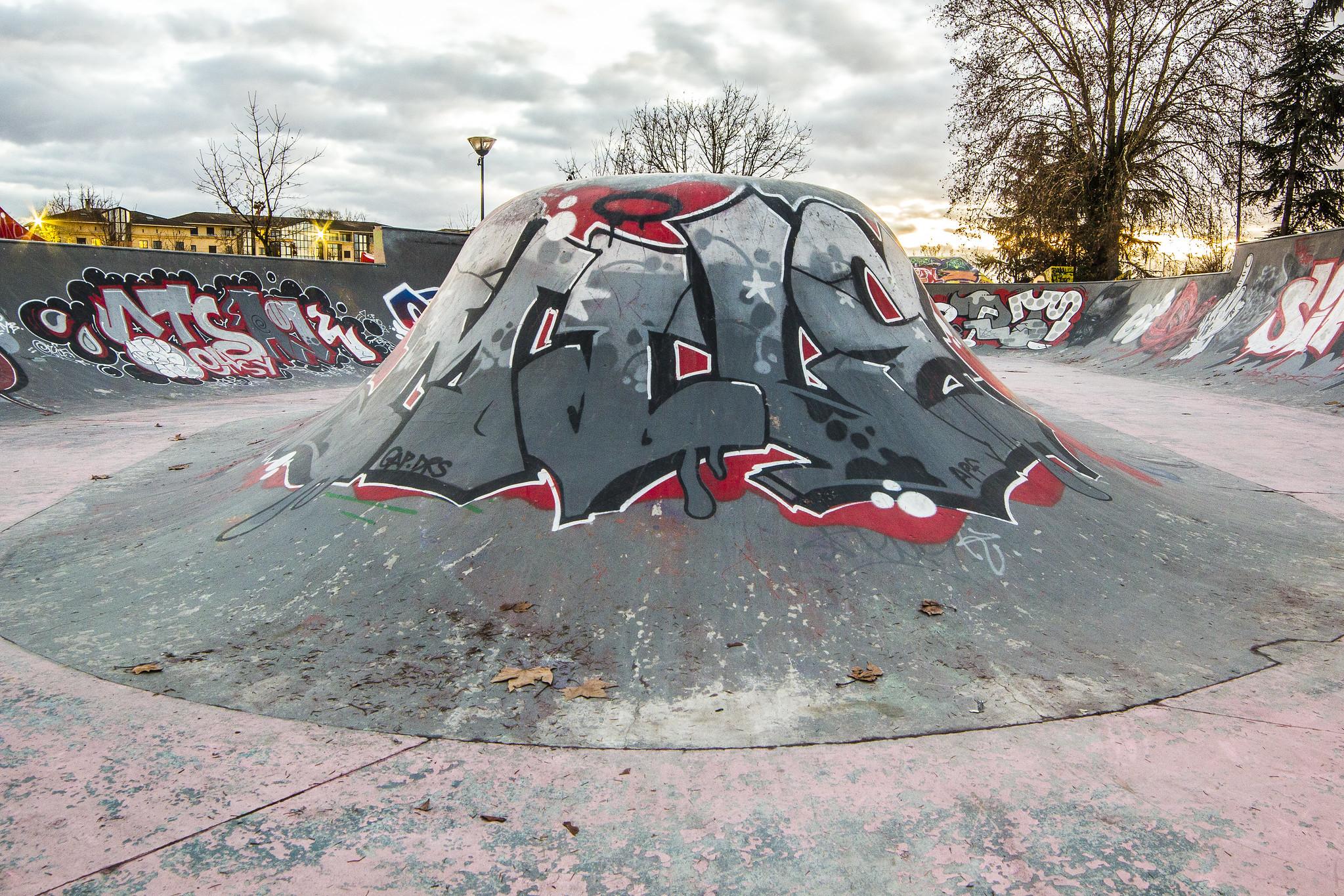 mile graffiti