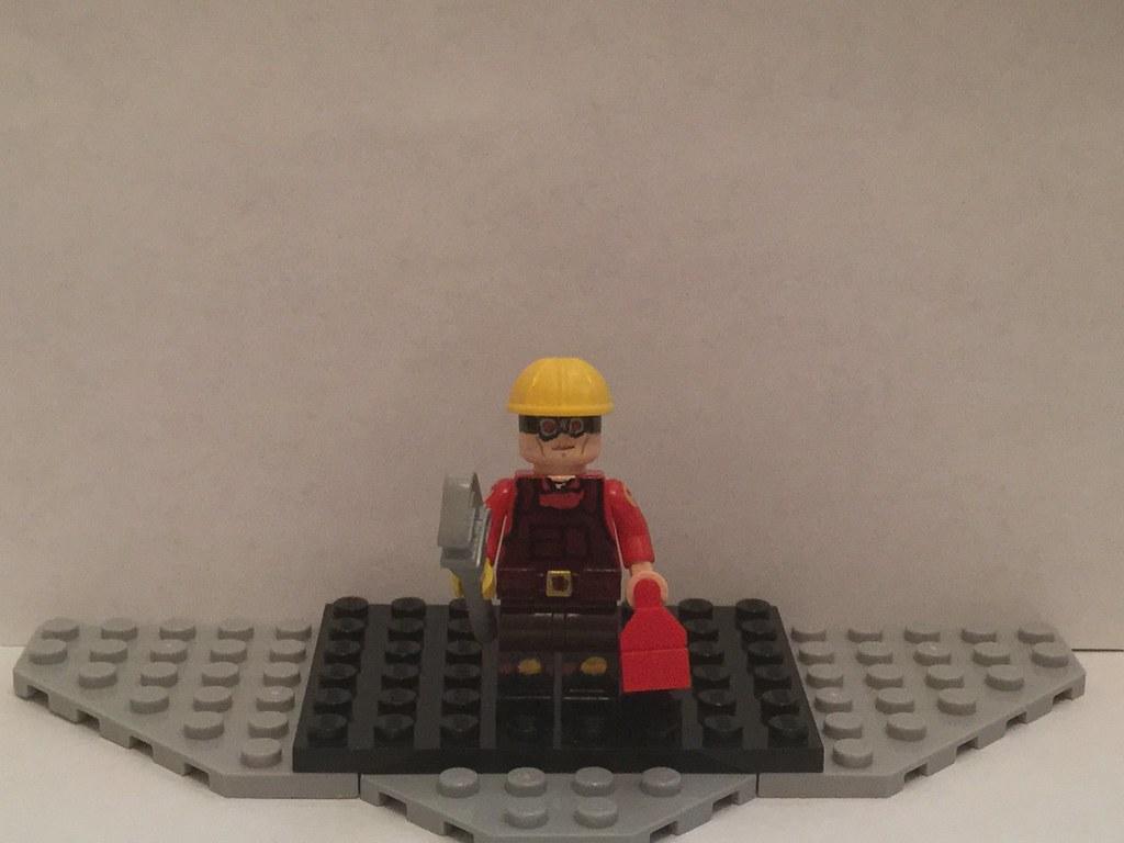 Lego Custom: Red Engineer (Team Fortress 2) | Erectin' a new