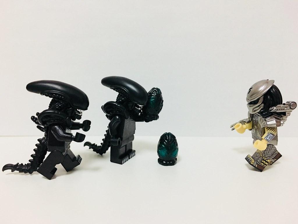 Lego Minifig Camera : Alien vs predator #lego #minifigure #minifigures #minifig u2026 flickr