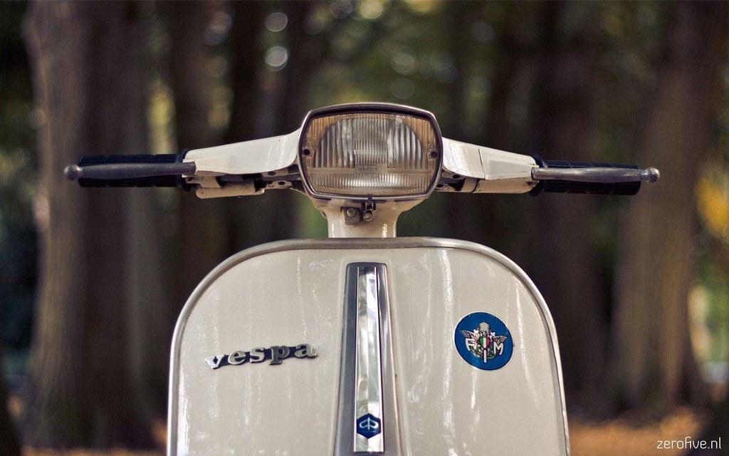 Vespa Bike Full Hd Wallpapers Free Download 20 Www Urdun Flickr