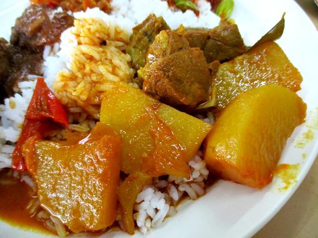 Sri Pelita mutton curry & potatoes