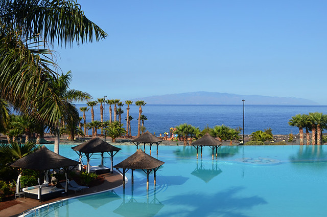 10 favourite hotel swimming pools on tenerife for Melia hotel tenerife
