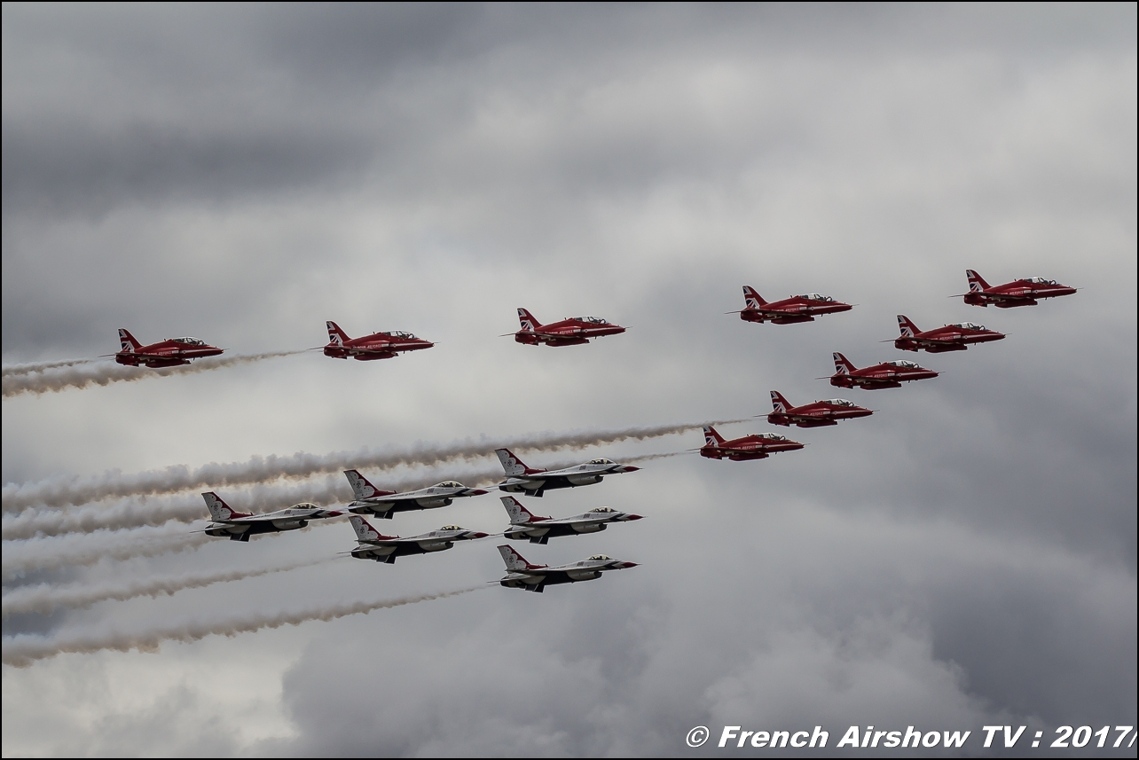 RAF Red Arrows , Royal Air Force Aerobatic Team ,U.S.A.F. Thunderbirds - America's Ambassadors in Blue - F-16 Fighting Falcon , afthunderbirds , Royal International Air Tattoo 2017 , Air Tattoo – RIAT 2017 , Fairford , UK Airshow Review 2017 , Meeting Aerien 2017