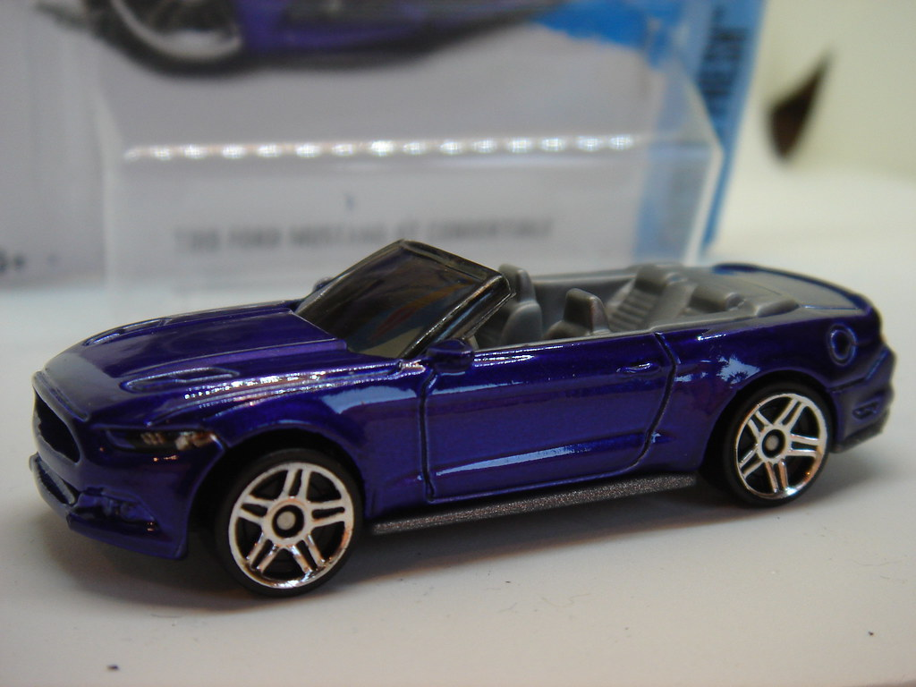 Hot Wheels 2015 Ford Mustang Gt Convertible No11 1 64 Flickr By Ambassador84 Over 10