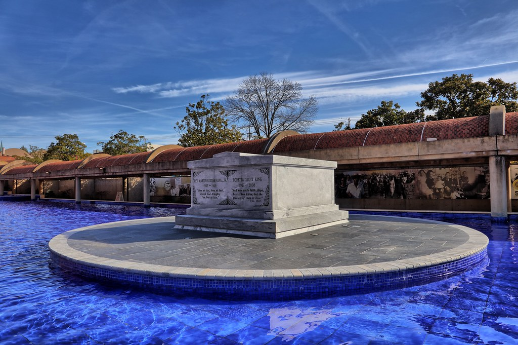 Grave Site Reverend Martin Luther King Jr And Coretta Sc Flickr