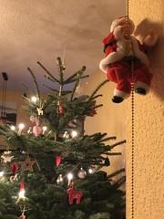 Weihnachtsmann seilt sich ab