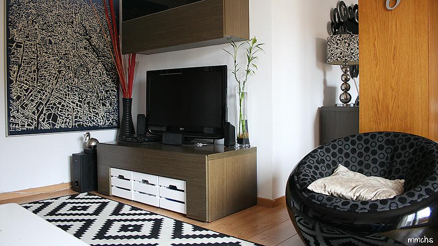 salón blanco y negro de estilo nórdico