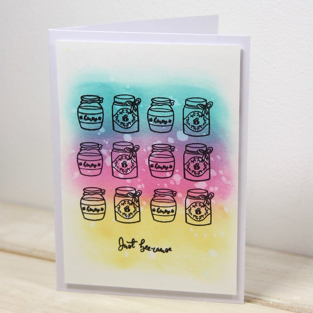 How to use Distress Oxides – technique 2 - water droplets - finished card with Bee Garden honey jar stamps
