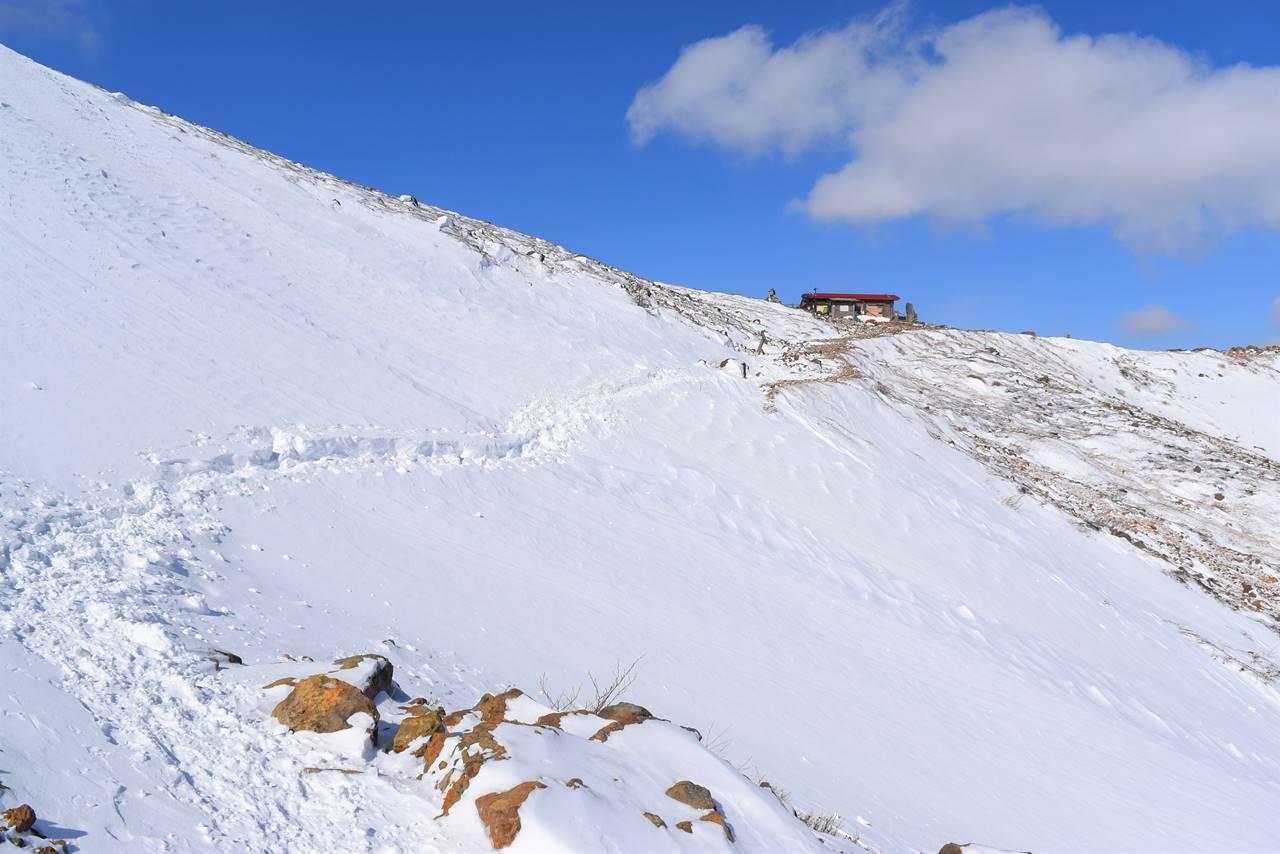 冬の那須岳登山・峰の茶屋