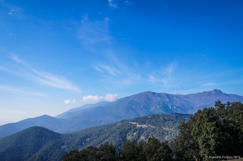 El Montseny desde el Castell de Montsoriu
