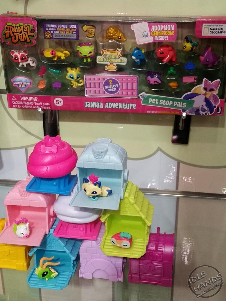 Toy Fair 2018 Jazwares Animal Jam 01 More Toy Fair 2018 Co Flickr